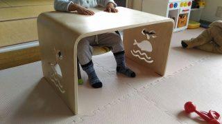 【子育てグッズ・おもちゃ】1歳後半~Myデスクのススメ♪2歳娘お気に入りの、MAMENCHIの木製クジラテーブル(子ども用机、キッズデスク、キッズテーブル)